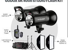اضاءات استوديو Godox SK400ii مع اكسسواراتها