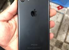 ايفون 7 ذاكره 32G مع جميع ملحقاته به 225 الف
