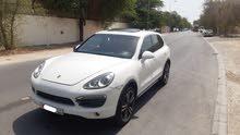 Porsche Cayenne S 2012 (White)