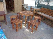 كراسي و طاولات خشب للبيع الفوري