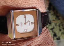 ساعة اوتوماتك موديل السبعينات من شركة رادو السويسرية