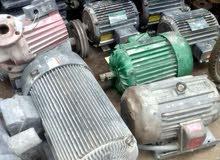 مواتير مختلفة الأحجام ومضخات مياه مختلفة بنزين وكهرباء. 0777178082