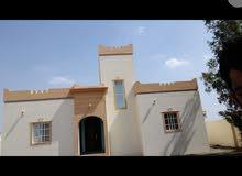 للبيع بيت في السويق الخبه جنوب 2 مكون من غرفتين ومجلس وصاله ومخزن ومطبخ ووووو