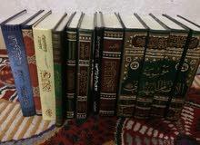 شراء الكتب المستخدمه والمكتبات المنزليه بالكامل