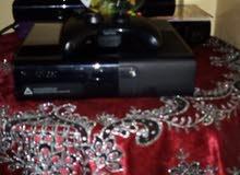 اكس بوكس 360 مع جهازين وأشرطة 400وقابل للتفاوض الصامل يكلمني