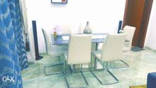 dinning table - 6 seater