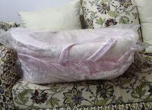 سرير مع العجله قابل لسحب وسهل الاستخدام