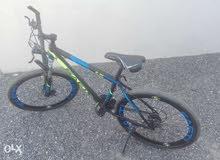 للبيع دراجه هوائية شبه جديد قياس 26