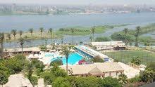 شقه للبيع بفيو اكثر من رائع على النيل مباشره امام نادى النيل كانترى