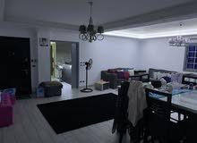 شقة للبيع في البنفسج 8 ڤيلات علي الشارع الرئيسي