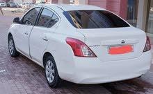 السيارة نيسان صني 2013 احالة الحالة جيدة مطلوب 13000درهم ماشية 83 ألف ومرخصة دبي