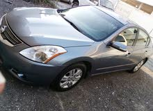 nissan altima 2011 good cond.n