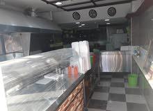 مطلوب شريك للمطعم مشاوي وسناكات وقهوة في صناعيه البيادر على الشارع الرئيسي
