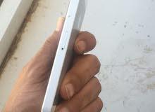 iphone5g  gsm مكسور الشاشه بسعر معقول