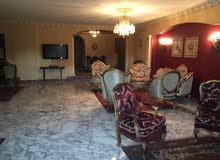 شقة مفروشة فاخرة 400م امام سيتى ستارز وطريق مطار القاهرة