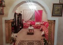 منزل أرضي للبيع عرادة خلف جامع بالشاطر.