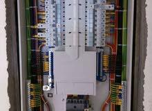 فني كهربائي لجميع اعمال الصيانة والتمديدات الجديدة في القسائم الجديدة