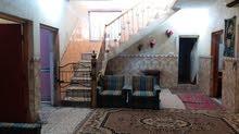 بيت لبيع حي لبتول سياحي بيت هوة وثاثة بيت 200متر غرف2 صحيات2 ترك2 كراج لسيارة  ب
