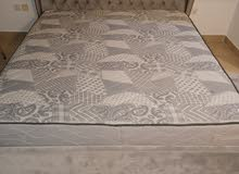 Family size bed + mattress