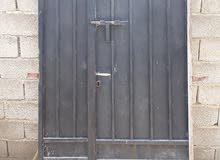 باب حديد للبيع 2متر×1.25متر