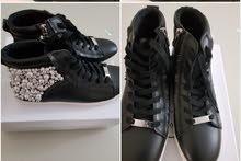 حذاء جديد ماركة ستيف مادن