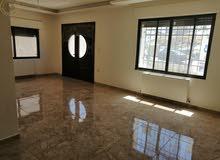 شقة ارضية مميزة للبيع في عرقوب خلدا 180م مع ترسات 100م لم تسكن