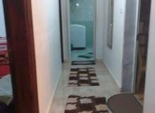 شقة للبيع منطقة بوهديمه قرب مدرسة طيبه