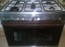 طباخ عشتار نظيف جدا ب175 كل العيون والفرن يشتغل نار عاليه جدا