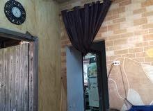 بيت مستقل طابقين  غرفتين الطابق الارضي وغرفتين وصالون  وحمامين