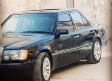 Black Mercedes Benz E 200 1987 for sale