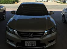 Automatic Gold Honda 2014 for sale