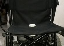كرسي متحرك كهربي امريكي ماركة merits قابل للطىء و يعمل بشحن البطارية  سعر قابل للنقاش