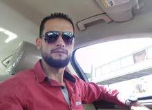 سيارة على ستعداد توصيل الطلبات اليوميا داخل عمان وخارجها