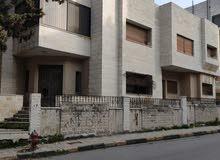 بيت للبيع - قرب مدرسة الرهبات الوردية البارحة