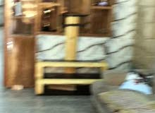 بيت للبيع في البنوك شارع الكنيسة مقابيل أسواق العنقود