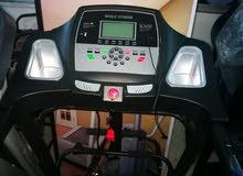 جهاز جري رياضي نوع life fitness للبيع