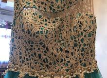 فستان شريته مستعمل مرة بس للبيع ب 200 واخداته ب 400