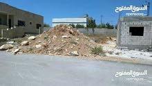 قطعة ارض للبيع مساحة 303 م في اربد بيت راس شرق دوار الملح 600 م تقريبا واصل جميع