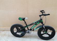 دراجه فاخره ونظيفه جداً للبيع بسعر رخيص و