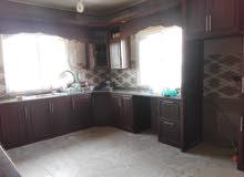 منزل للبيع بالمنشيه الكرك مسطح 180 م