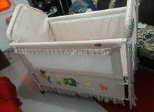 سرير اطفال بحالة جيدة السعر نهائي 10 دينار