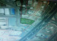 أرض للبيع صناعات خفيفة مساحتها 1600متر مربع على الاوتستراد الزرقاء --- عمان