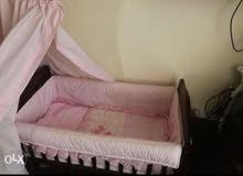 سرير أطفال من سنتر بوينت جديد