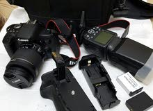 Canon 750D professional Dslr Camra weth battery greep + 2 battry  weth speed lig
