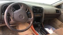 يوجد لدي سيارة لكزس جي اس 400 مكنسل
