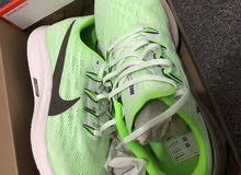 أحذية رياضية من NIKE, NB