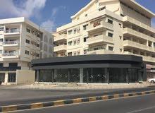 showroom الشوروم ع مدخل مطرح مقابل بيت عمان