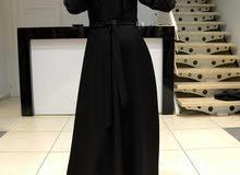 فستان اسود