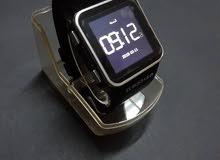 ساعة ذكية مستعملة استعمال خفيف
