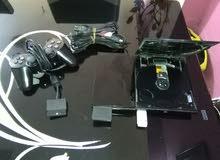 جهاز ps2 للبيع هارد مليء بل الا لعاب بحالة جيدة و مع جوستك واحد مجانا